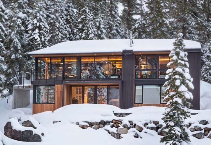Sage Modular Classroom ~ Alpine meadows cabin by studio bergtraun architects bdc